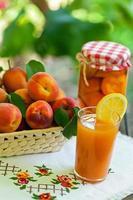 Frische Aprikosen foto