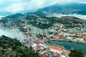 Sapa im Nebel, Lao Cai, Vietnam. foto