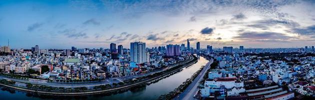 ho chi minh, vietnam - 25. november 2015 sonnenuntergang