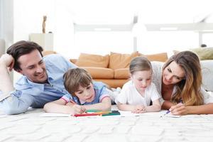 Familienzeichnung Bilder foto