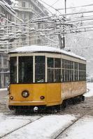 Straßenbahn unter dem Schnee