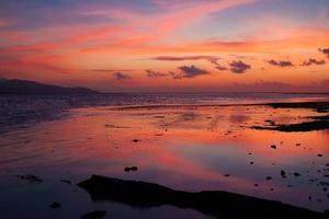 tropisches Meer des Sonnenuntergangs
