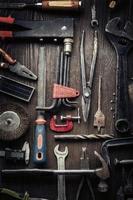 schmuddelige alte Werkzeuge foto