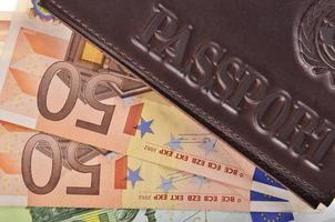 Reisepass und Geld foto