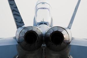Triebwerke des Jets foto