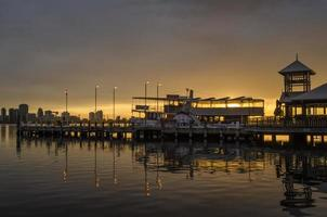 repariert den Steg South Perth bei Sonnenaufgang foto