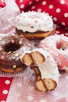 lecker aussehender Donut foto