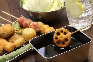 Kushiage, japanisches Essen foto