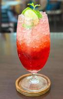 Erdbeer italienisches Soda foto