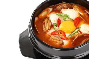 Sundubu Jjigae, koreanischer weicher Tofu-Eintopf foto