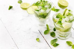 Mojito mit Limette foto