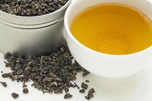 Schießpulver grüner Tee foto
