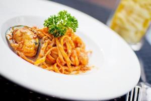 Spaghetti mit Meeresfrüchten foto