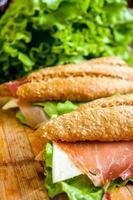 Sandwich mit Schinken Bocadillo foto