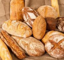Vielzahl von Brot foto