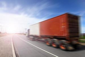 Transportindustrie-Konzept, große LKW-Container foto