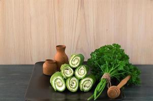 Crêpe Roll mit Spinat und Frischkäse foto