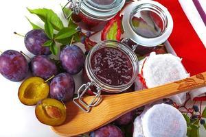 frische hausgemachte Marmeladen foto