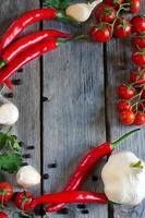 Chili, Tomate und Knoblauch foto