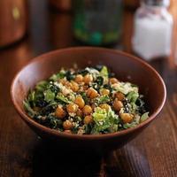 veganer Caesar Salat foto