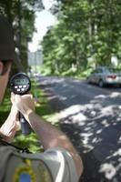 Radar der Geschwindigkeitsfalle der Polizei foto