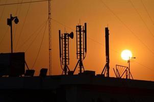 Himmel Sonnenuntergang Kommunikationstechnologie Netzwerk Bild Hintergrund für Design