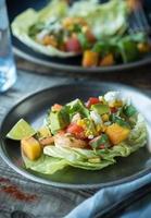 würzige Garnelensalat Salatbecher