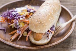 Hotdog Brötchen mit Wurst