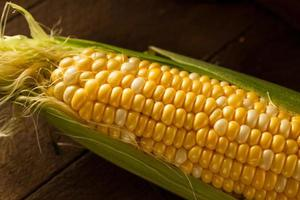 roher organischer gelber Seet Mais foto