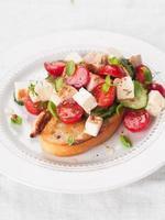 Salat auf Brot foto