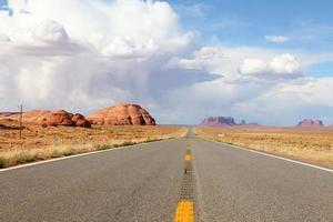 Straße zum Monument Valley foto