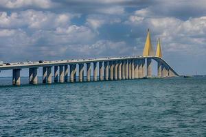 Sonnenschein Skyway Brücke foto