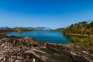 ratchaprapa dam surat thani provinz, thailand