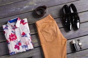 Sommer Herrenbekleidung. foto