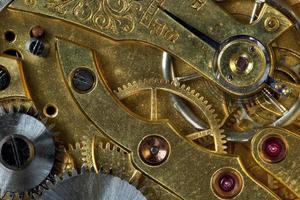 Mechanismus der alten Uhr foto