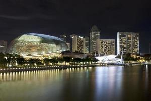 Singapur Skyline in der Nacht