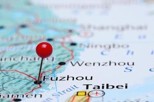 Fuzhou auf einer Karte von Asien festgesteckt