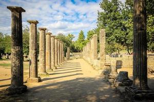 säulenförmig in olympia