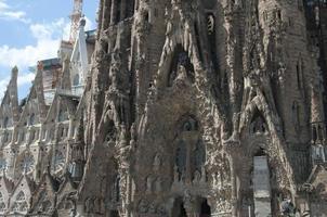 sagrada familia (heilige familie) kirche in barcelona, fragment foto
