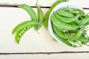 herzhafte frische grüne Erbsen foto