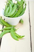 herzhafte frische grüne Erbsen