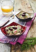 Bohnensalat und Krabbenfleisch foto
