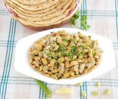 indisches Essen flache Bohnen Curry