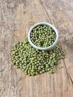 grüner Bohnen- oder Mungbohnenhintergrund. foto