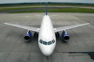 geparkte Flugzeuge foto