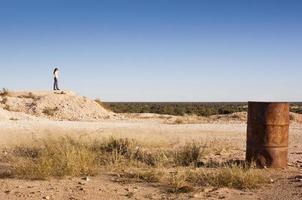 Frau in der Landschaft foto