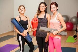 bereit für unseren Yoga-Kurs foto