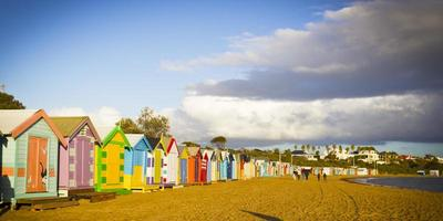 Brighton Badekästen in einer Reihe foto