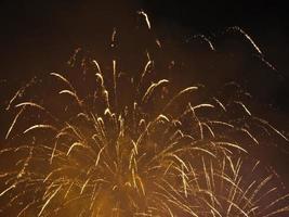japanisches Feuerwerk im Winter foto