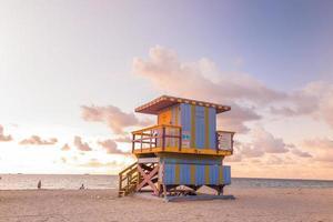 Rettungsschwimmer Turm in Südstrand, Miami Beach, Florida foto